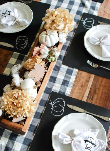 fall-inspired table decor chalk placemats