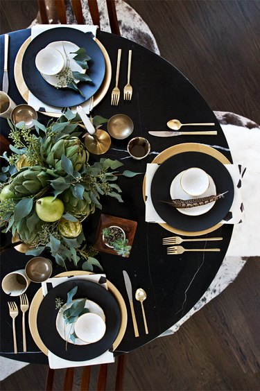 fall-inspired table decor
