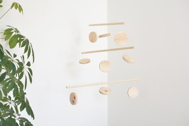 Wooden mobile using dowels