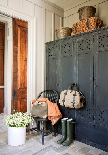 Farmhouse entry and mudroom