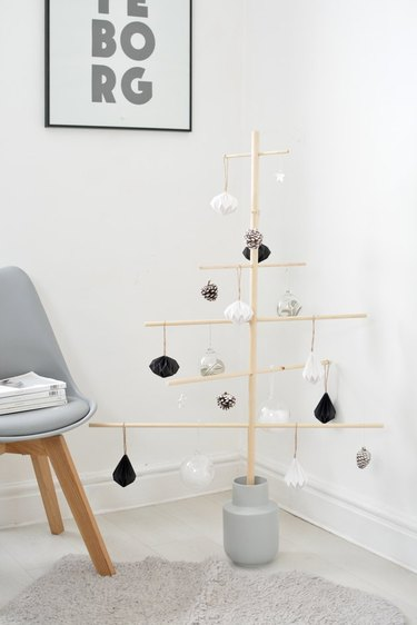 Christmas Crafts for Adults with DIY Scandinavian style wooden Christmas tree