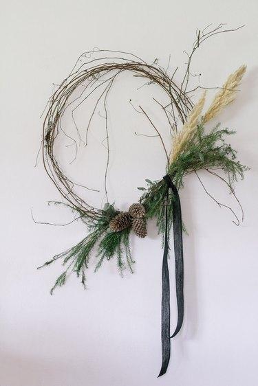 DIY organic asymmetrical modern wreath