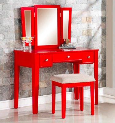 red vanity set