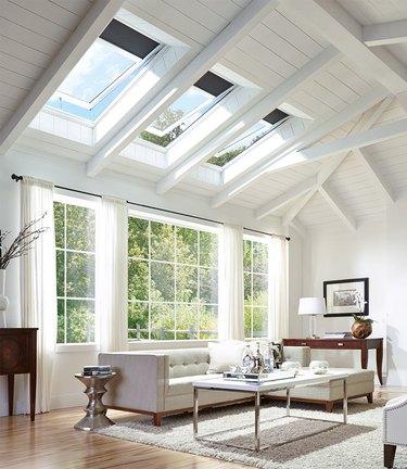 Venting skylights