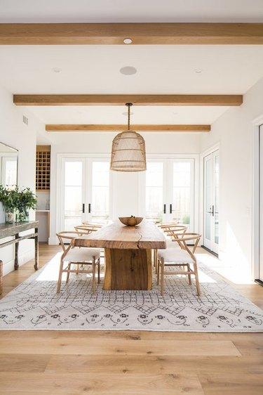 modern farmhouse dining room idea with rustic furniture