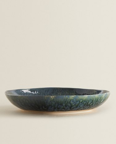 stoneware serving dish