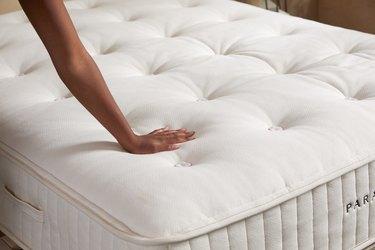 parachute mattress