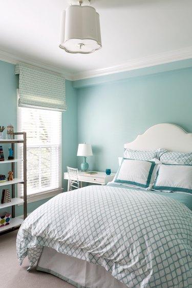 small bedroom nightstand ideas