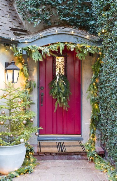 Christmas Light Ideas on red front door with garland