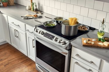 LG smart stove