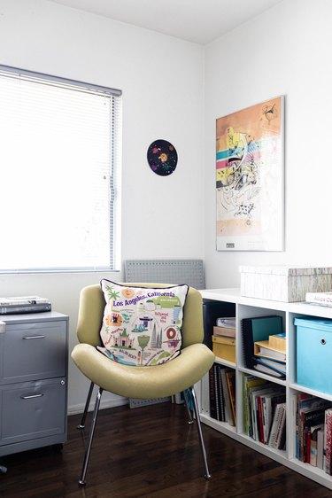 Luis Jaime office