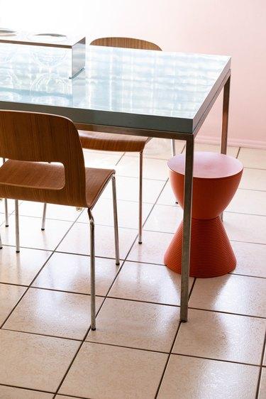 Custom table by Luis Jaime