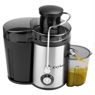 grey and black juice extractor
