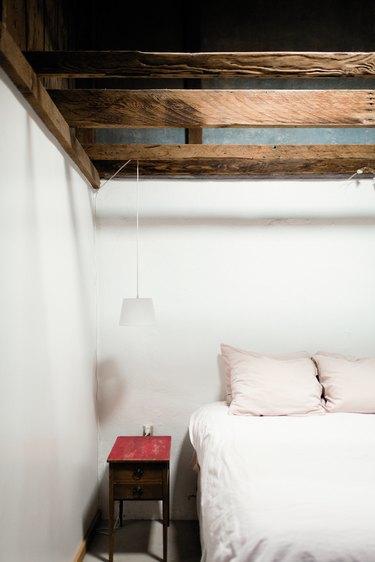 Desert-style bedroom