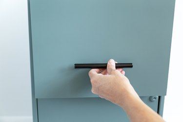 How to paint filing cabinet