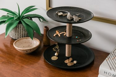 Jewelry three-tier stand