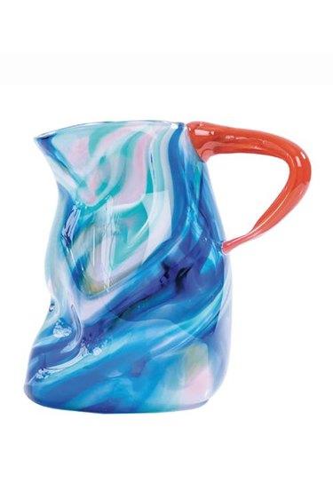 Canyon pitcher