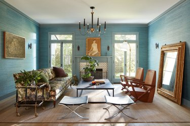 living room wallpaper idea with turquoise grasscloth