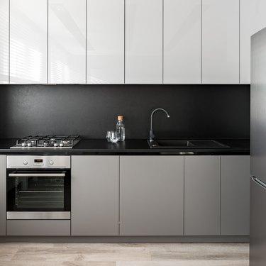 Simple kitchen unit