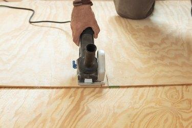 Repairing subfloor, with new plywood, DIY