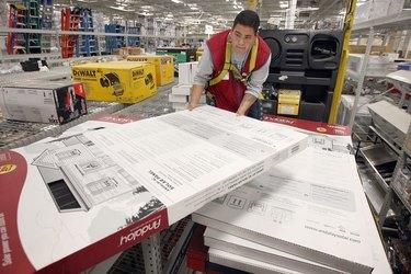 Big Box Store Lowe's Starts Selling Home Solar Power Kits