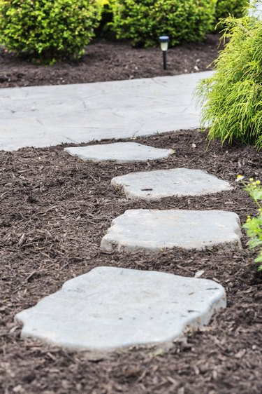 New Pine Bark Mulch Landscaped Footpath Flagstones