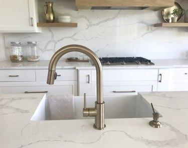Quartz Marble Kitchen