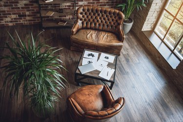 Well furnished room for psychologist