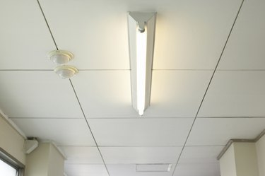 Fluorescent lighting in the hallway