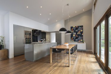 Home showcase open plan kitchen and dining room