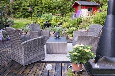 Patio with furnishings