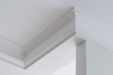 Ceiling moldings in the interior, intricate corner