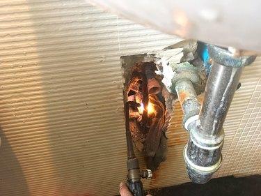Repairing a hot water copper pipe