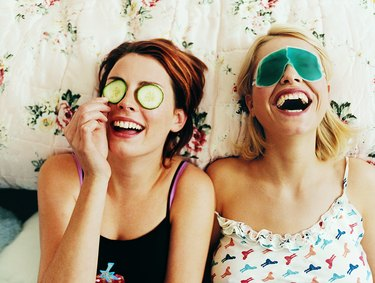 Roommate Guidelines That Will Make Living Together a Breeze