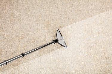 Vacuum Cleaner With Carpet