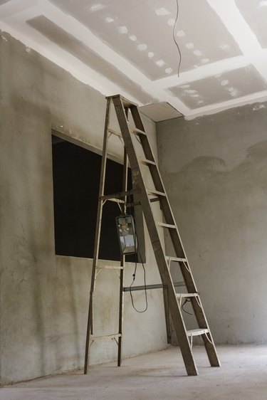 Installing a new ceiling