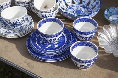 Chinese porcelain in the bazaar