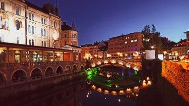 slovenia virtual tour over bridge