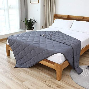Smart Queen Cooling Weighted Blankets