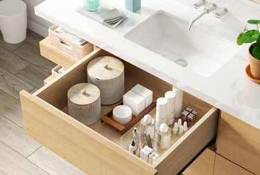 Dotted Line Clare Drawer Organizer