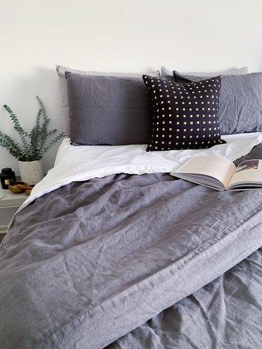 MagicLinen Charcoal Gray Linen Duvet Cover Set
