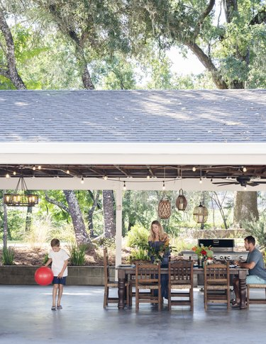 Upcycled carport in California with eco-friendly patio