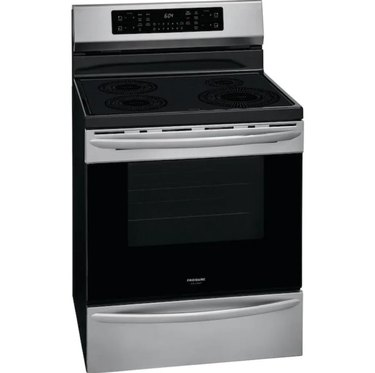 Stainless steel induction stove with drawer and smooth cooktop
