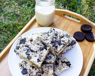 The Cashew Cutie Cookies and Cream Rice Krispies Treats