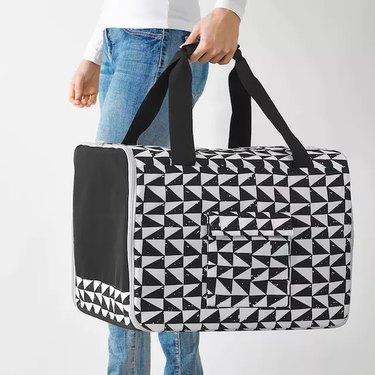 black and white pattern pet travel bag