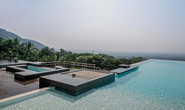 Contemporary pools infinity