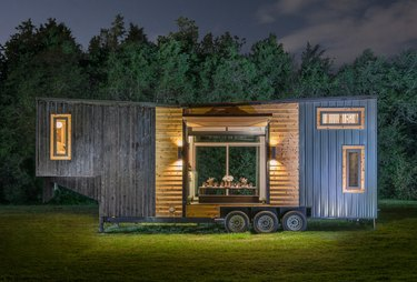 tiny eco-friendly modular home