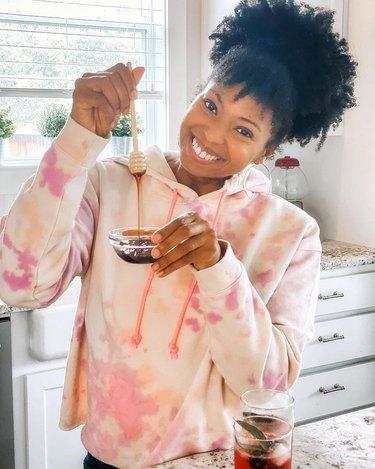 Jocelyn Delk Adams of grandbaby cakes with honey