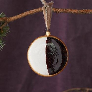 Terrain Black & White Cookie
