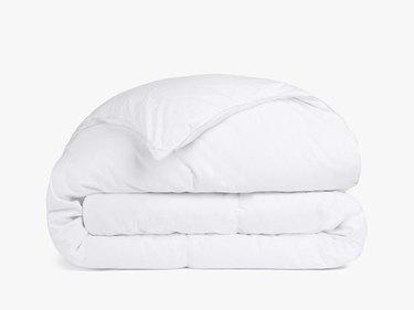 folded white down alternative duvet insert